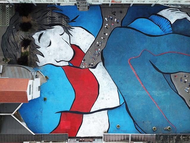 'Sleeping Giants' – Neue Riesen-Artworks der französischen Künstler Ella & Pitr