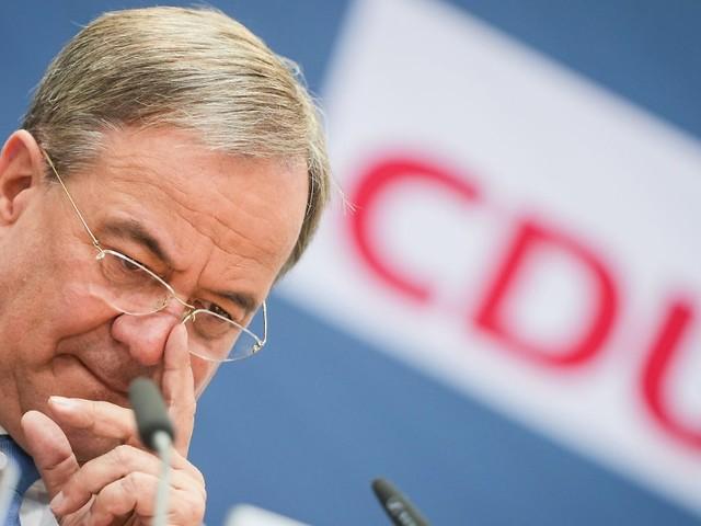 """Ökonomen sehen Milliardenlöcher: Finanzierung von Laschet-Plan """"völlig unklar"""""""