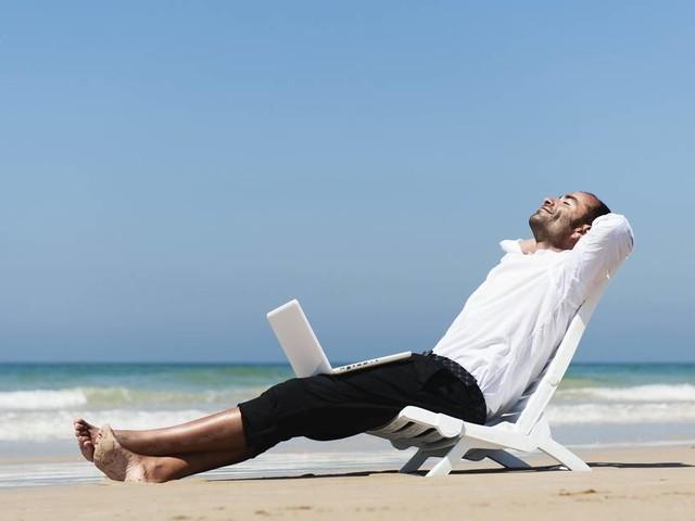 Erreichbarkeit: Sonne, Strand und Videokonferenzen?