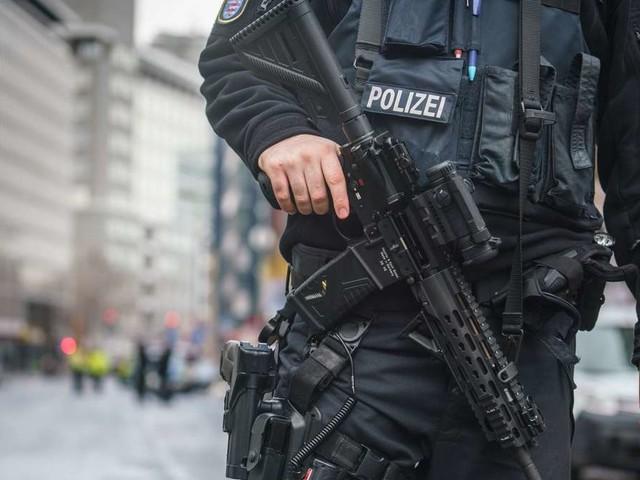 Vorfall in Freiburg: Polizist soll Mann rassistisch beleidigt und bedroht haben