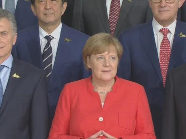Video: Ist Angela Merkel eine Feministin?