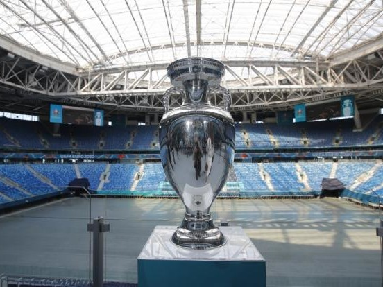 Fußball-EM 2021 auch in Deutschland: Alle Euro-2020-Stadien auf einen Blick! Wo und wann spielt das DFB-Team?