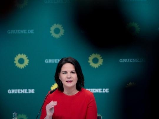 Kanzlerkandidatin der Grünen - Glückwünsche aus Regierung und Opposition