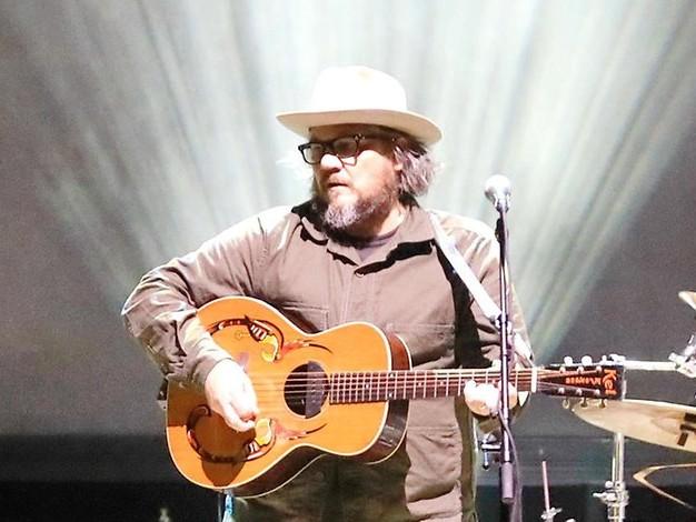 """""""Schön, so viele Kids hier zu sehen"""": Jeff Tweedy und Wilco spielten im Tempodrom"""