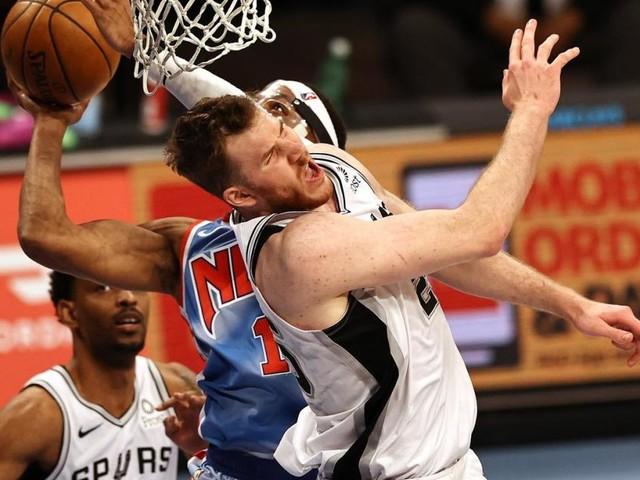 Jakob Pöltl mit San Antonio im Play-in der NBA