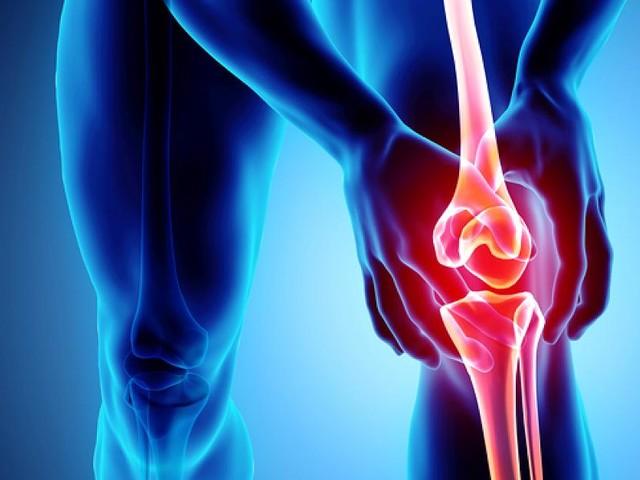 Von der PECH-Regel bis zur OP - Gründe für Knieschmerzen und was Sie jetzt dagegen tun können