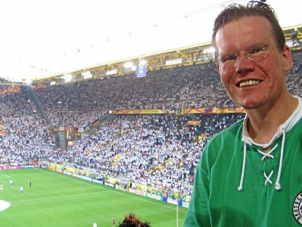 Selbstreflektion eines Fans: Frust statt Lust: Meine schleichende Entfremdung vom Fußball