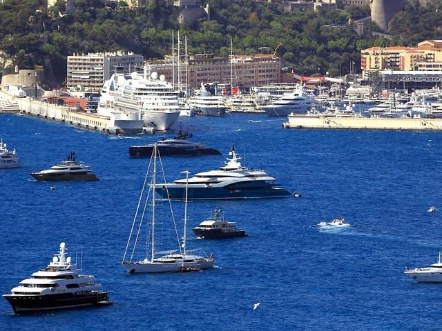 Mehr Millionäre als jemals zuvor: Corona macht Superreiche noch reicher