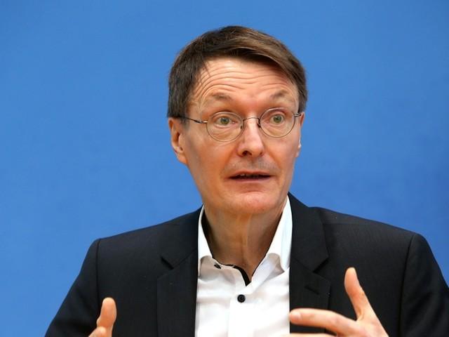Corona-News: Lauterbach: Stiko soll Empfehlung für Kinder-Impfung überdenken +++ Wegen Delta-Variante: Verschärfte Regeln in Moskau