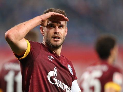 2. Liga - Terodde macht den Unterschied: Schalke siegt in Rostock