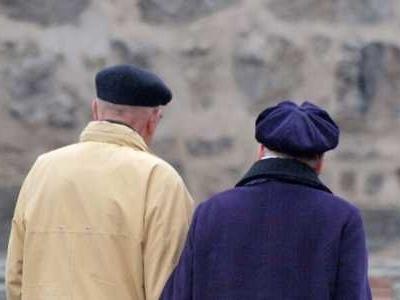 Am Ende ihres Erwerbslebens bekommen Frauen im Durchschnitt 26 Prozent weniger Rente als Männer.