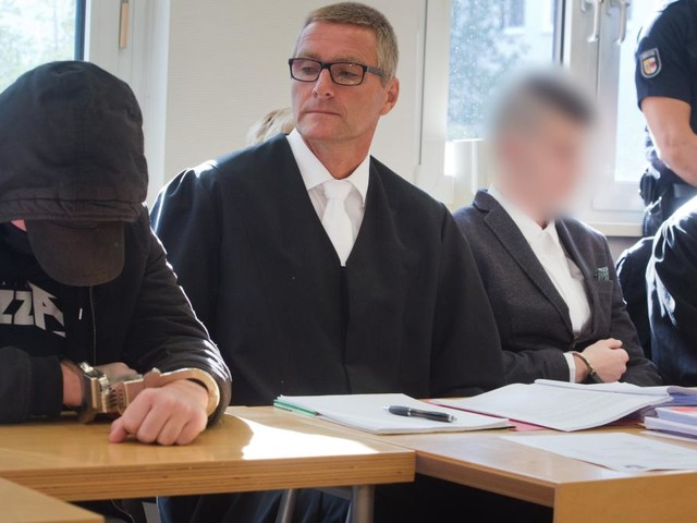 Prozess wegen Mordes an 18-Jähriger auf Usedom beginnt
