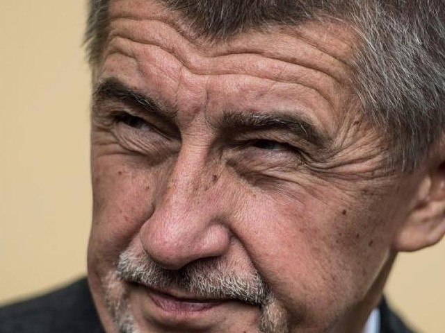 """Rechtsruck in Tschechien - Er gilt als """"tschechischer Trump"""": Skandal-Milliardär vor Sieg bei Parlamentswahl"""