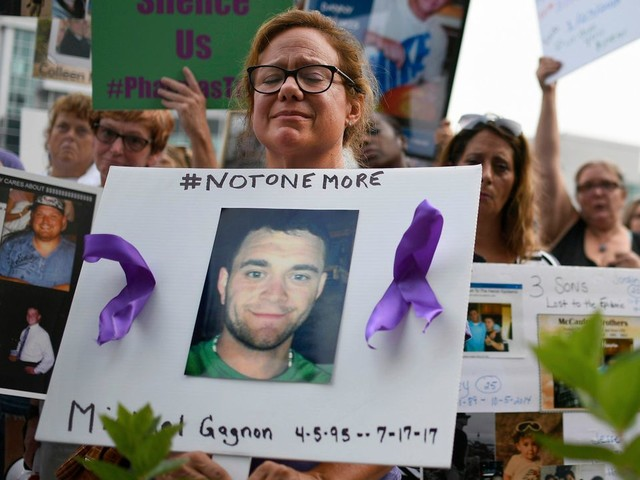 Opioid Krise in USA: US-Pharmafirmen zahlen 26 Milliarden Dollar