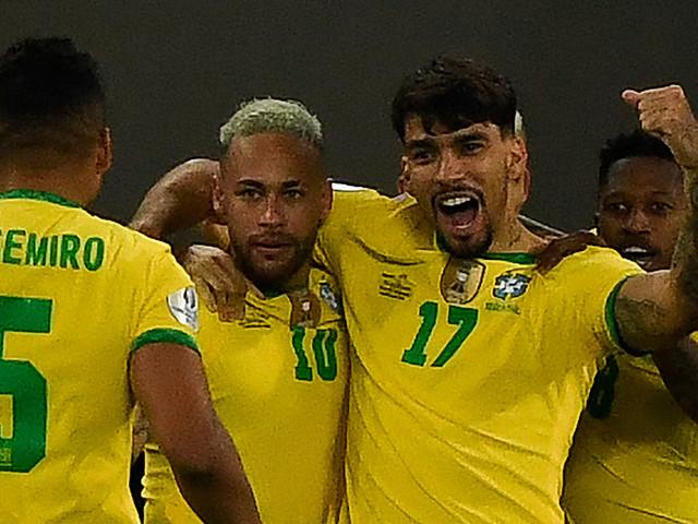 International: Zehn Brasilianer zittern sich ins Copa-Halbfinale
