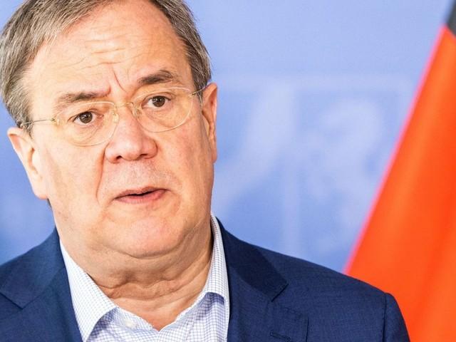 Plagiatsvorwürfe gegen Armin Laschet: Kanzlerkandidat gibt Fehler zu