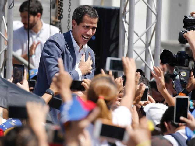 Maduro in Venezuela unter Druck: Guaidó mobilisiert Zehntausende Helfer