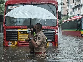 """Mehrere Tote durch Zyklon """"Tauktae"""" in Indien"""