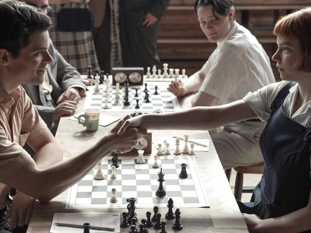"""""""Das Damengambit"""": Schach-Legende verklagt Netflix auf Millionensumme"""