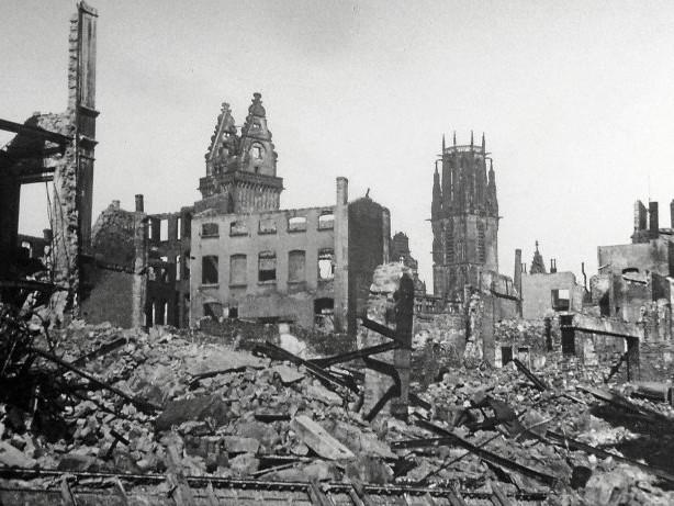 Zweiter Weltkrieg: Als Duisburg vor 75 Jahren in Schutt und Asche lag