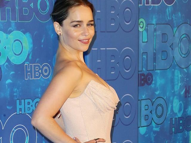 """Emilia Clarke – """"Game of Thrones""""-Schauspielerin ist jetzt blond"""