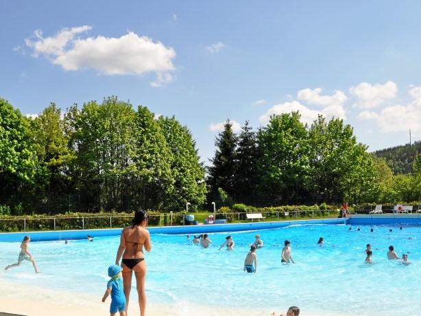 Kneipp-Jubiläum: Bad Berleburg: Schwimmen ist der ideale Sommersport