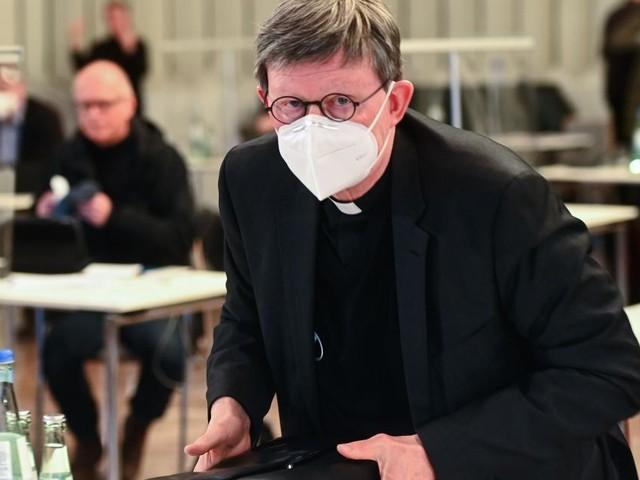Missbrauch im Erzbistum Köln - Erzbischof bietet Amtsverzicht an