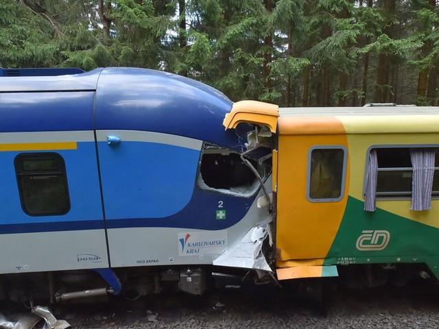 Tote und Verletzte bei Zugunglück im Erzgebirge