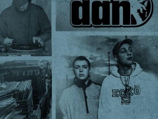 The Best of EINS ZWO Mixtape von 12 FINGER DAN