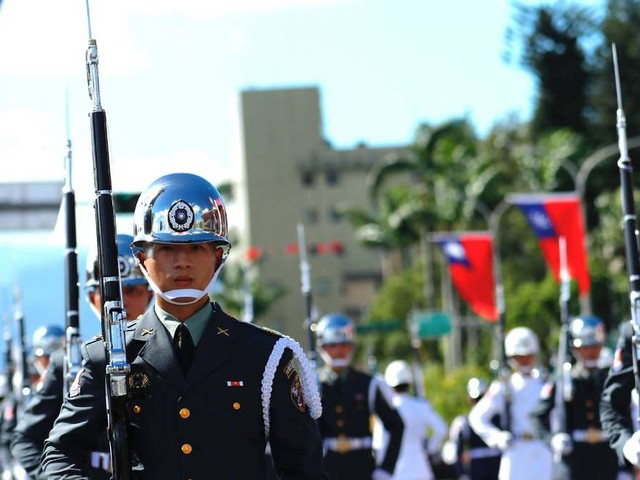 Taiwan fürchtet Angriff Chinas - und streckt die Fühler nach Europa aus