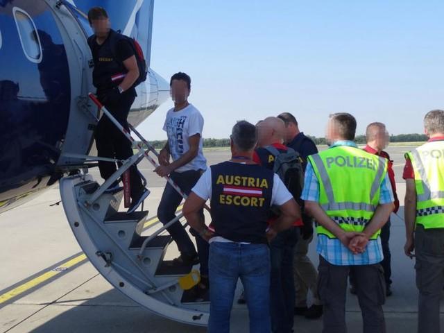Asyl und Abschiebungen: Kickl hat nur geringen Spielraum