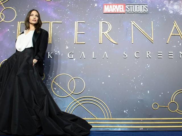 """""""Eternals""""-Star Angelina Jolie möchte lieber Regie führen"""