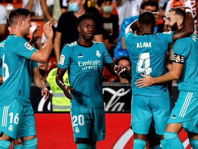 Doppelschlag in der Schlussphase: Real nach Sieg gegen Valencia Spitzenreiter