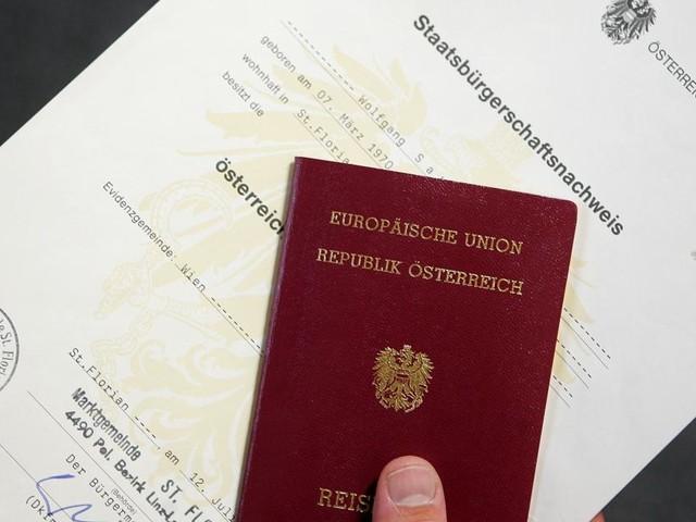 Staatsbürgerschaft: Das Spiel mit der Geduld