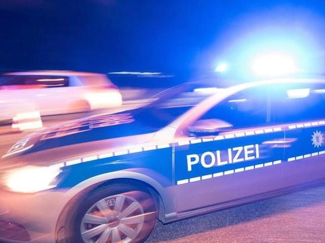 Mindestens 80 Beteiligte und 6 Verletzte - Krawalle nach Werder-Spiel: Video zeigt Massenschlägerei in Bremer Kneipe