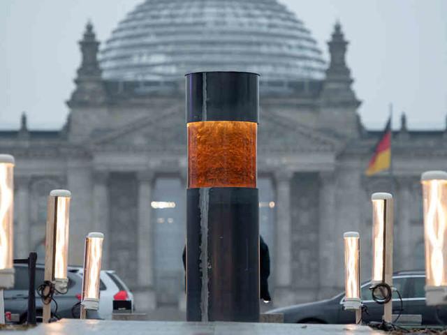 Umstrittene Aktion in Berlin: Zentralrat der Juden sagt Zentrum für politische Schönheit ab