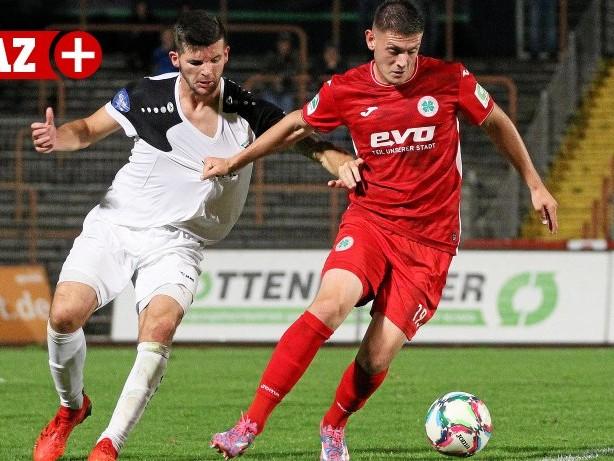 Fußball: RWO nimmt VfB Altena im Benefizspiel mit 23:1 auseinander