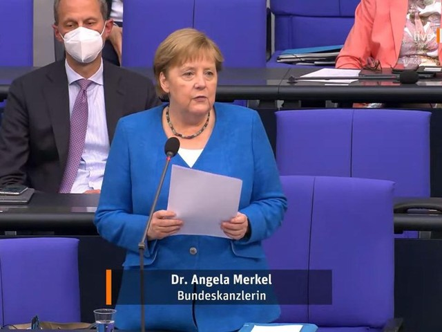 Merkel gerät bei Spahn-Frage ins Schlingern – und gesteht ein, im Klimaschutz zu wenig getan zu haben