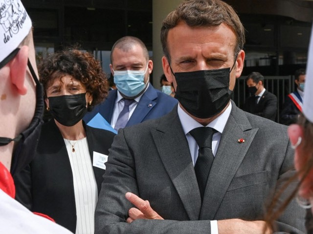 Mann ohrfeigte Frankreichs Präsident Macron