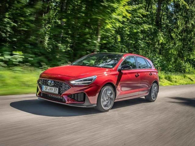 Kompakter Hyundai: Aufgefrischter i30 startet ab 18 511 Euro