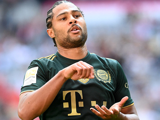 Bundesliga: LIVE: Bayern ohne Gnabry - Davies in offensiver Rolle?