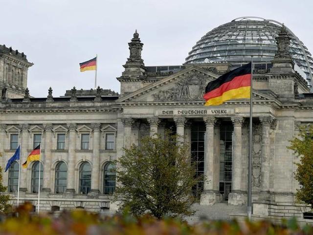 Parteien: Erste Bundestagssitzung - Schäuble nur noch Alterspräsident