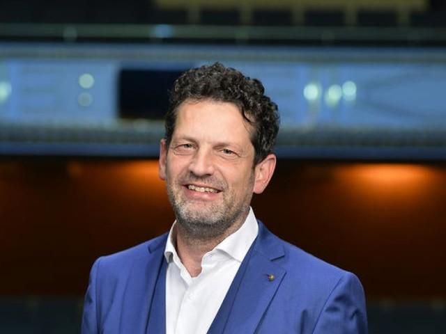 Aron Stiehl: Ein neuer Intendant mit vielen Plänen in Klagenfurt