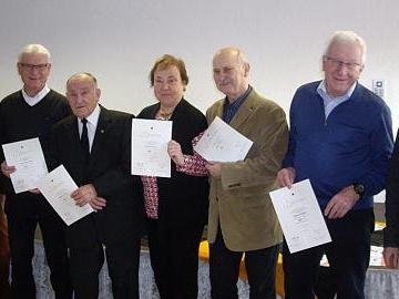 Kolping Haßfurt ehrt langjährige Mitglieder