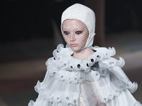 Paris Fashion Week: Der Modezirkus von Dior