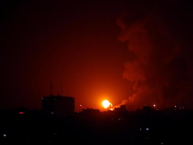 Gazastreifen: Israel beschießt Hamas-Einrichtungen