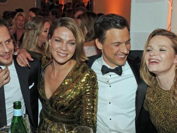 Schampus und Glitzer:: Promis feiern beim Deutschen Filmball in München
