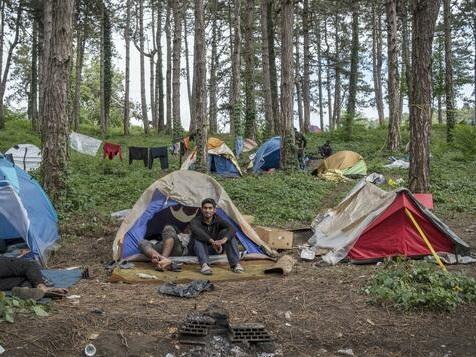 Neue Filmaufnahmen zeigen illegale Zurückweisungen von Migranten