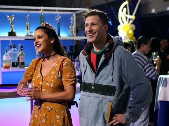 """""""Brooklyn Nine-Nine"""": Wiederholung von Episode 3, Staffel 6 online und im TV"""