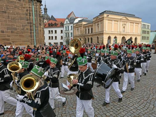 Tausende Besucher erleben Bergparade in Zwickau